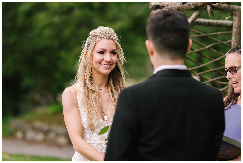 friends-lake-inn-rochester-wedding-photographer (29).jpg