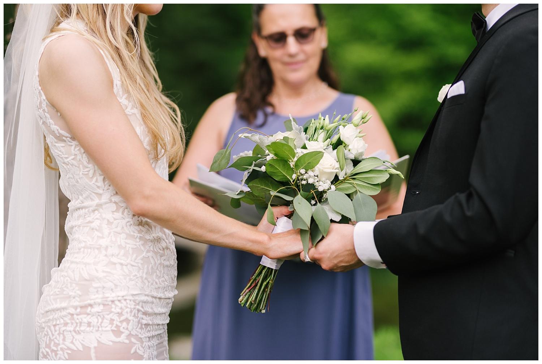 friends-lake-inn-rochester-wedding-photographer (31).jpg