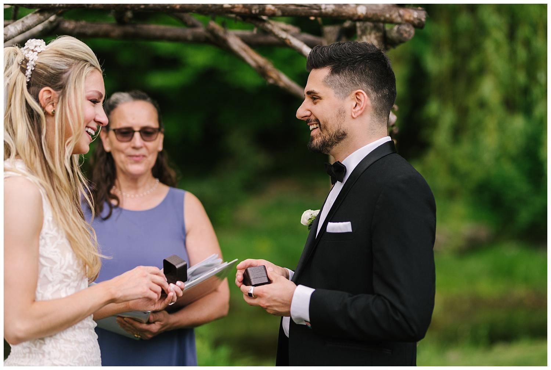 friends-lake-inn-rochester-wedding-photographer (33).jpg