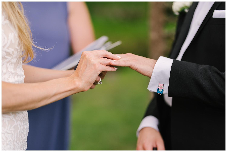 friends-lake-inn-rochester-wedding-photographer (34).jpg