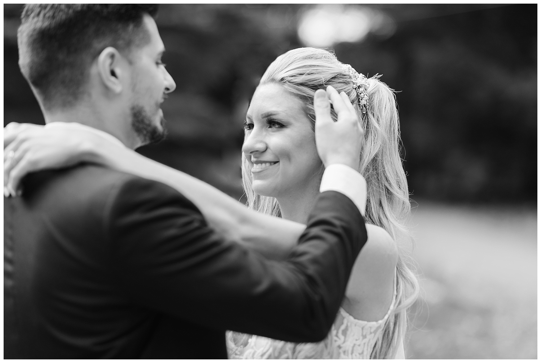 friends-lake-inn-rochester-wedding-photographer (39).jpg