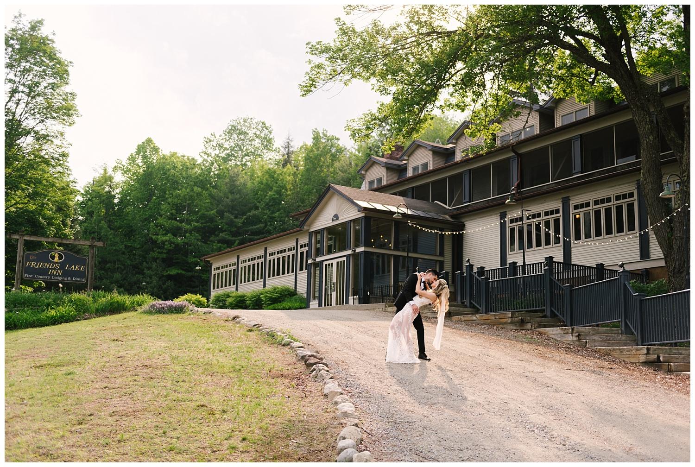 friends-lake-inn-rochester-wedding-photographer (41).jpg