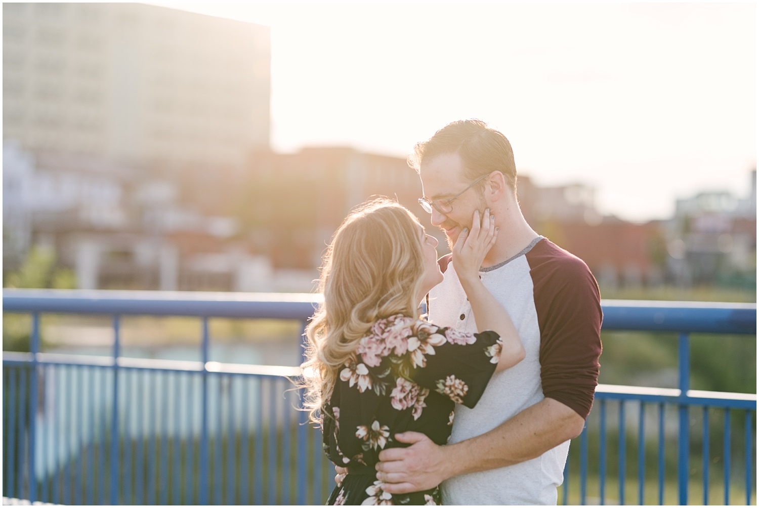 high-falls-engagement-session-rochester-wedding-photographer (18).jpg