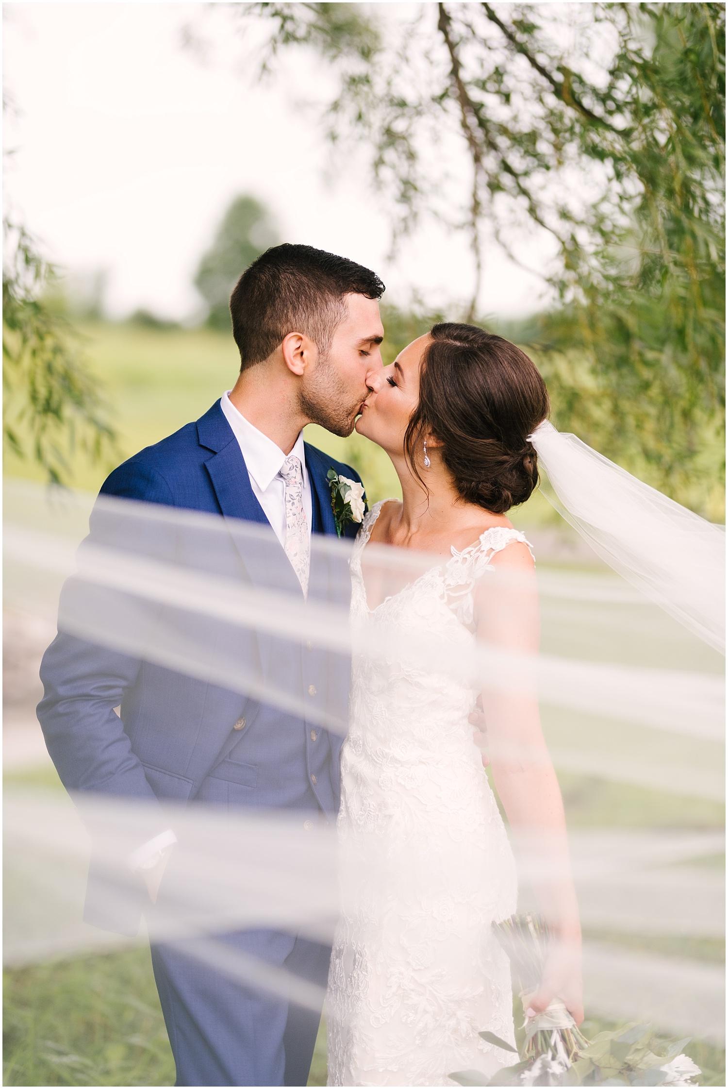 ravenwood+golf+course+wedding+rochester+wedding (25).jpg