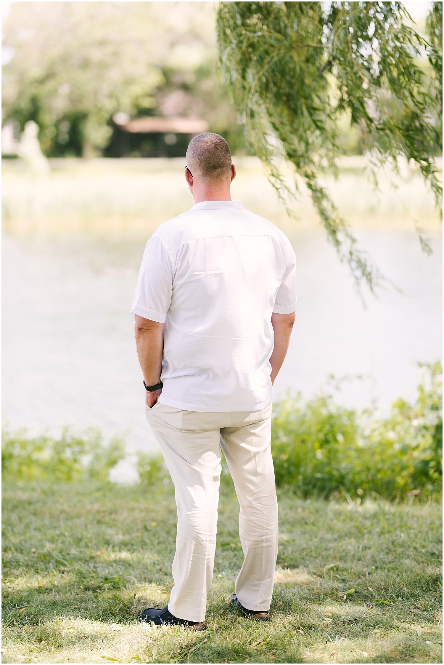 lakefront-lodge-webster-park-rochester-wedding-photographer (16).jpg