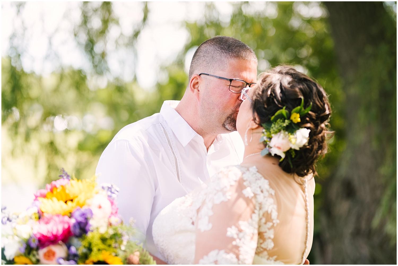 lakefront-lodge-webster-park-rochester-wedding-photographer (19).jpg