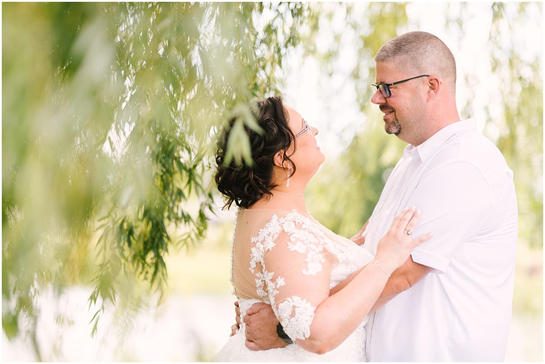 lakefront-lodge-webster-park-rochester-wedding-photographer (27).jpg
