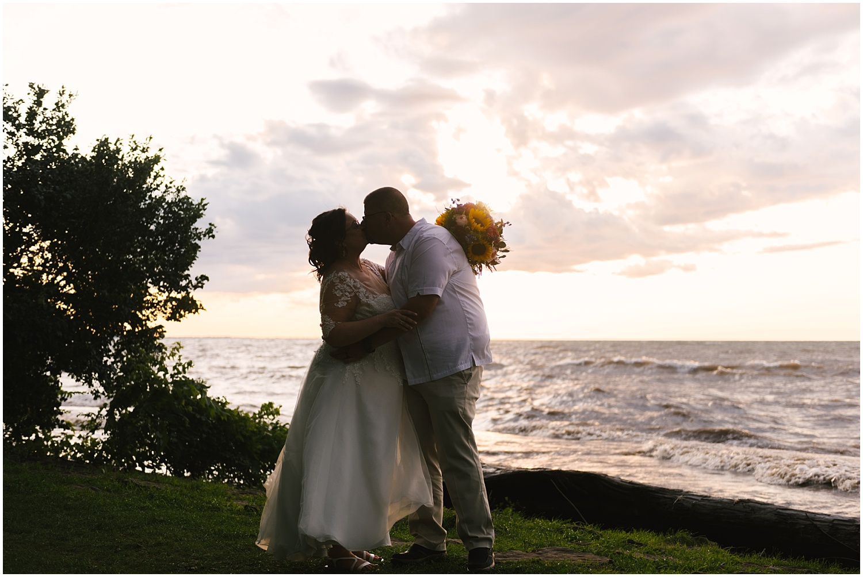 lakefront-lodge-webster-park-rochester-wedding-photographer (84).jpg