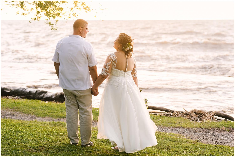 lakefront-lodge-webster-park-rochester-wedding-photographer (86).jpg