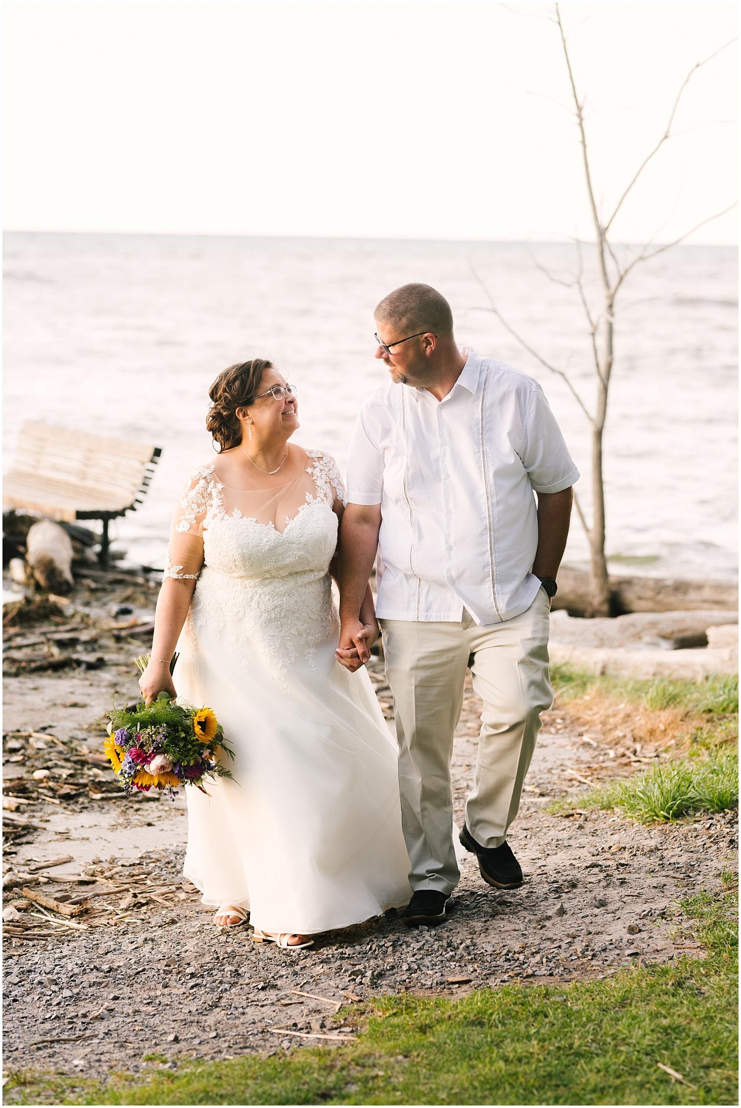 lakefront-lodge-webster-park-rochester-wedding-photographer (85).jpg