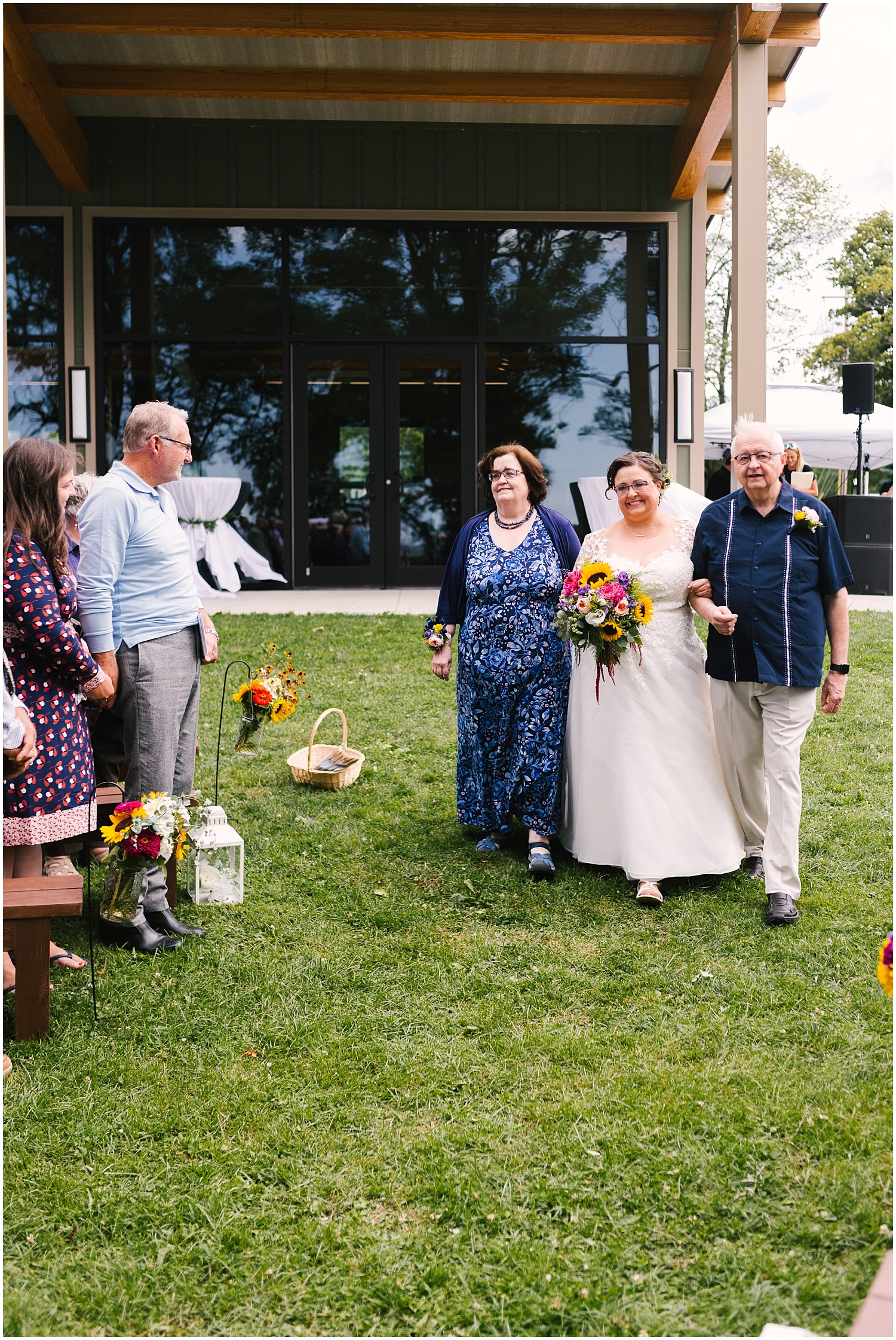 lakefront-lodge-webster-park-rochester-ny-wedding-photographers (4).jpg