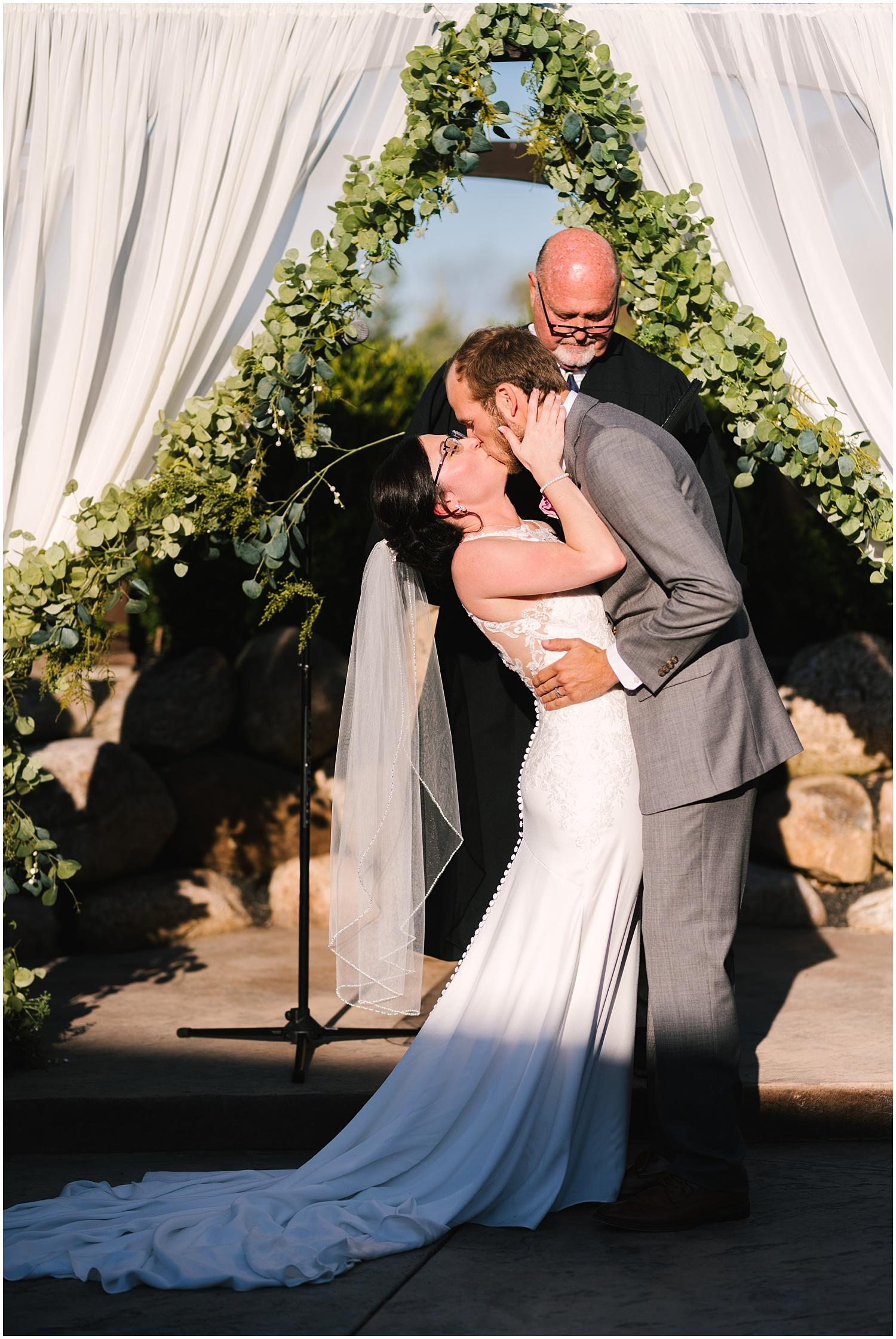 deerfield+country+club+wedding+rochester+NY+photographer (76).jpg