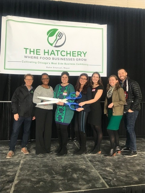 Cameron Gould-Saltman ('19) and the rest of The Hatchery Chicago team cut the ribbon at the grand opening!
