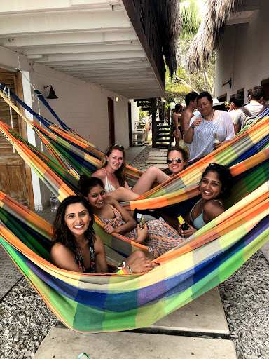 Hammock line at Islas del Rosario. Photo courtesy Jackie Quartner