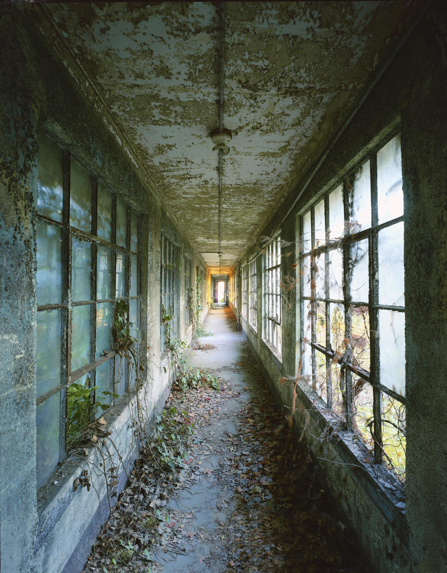 Ellis Island: Corridor 9 © Stephen Wilkes
