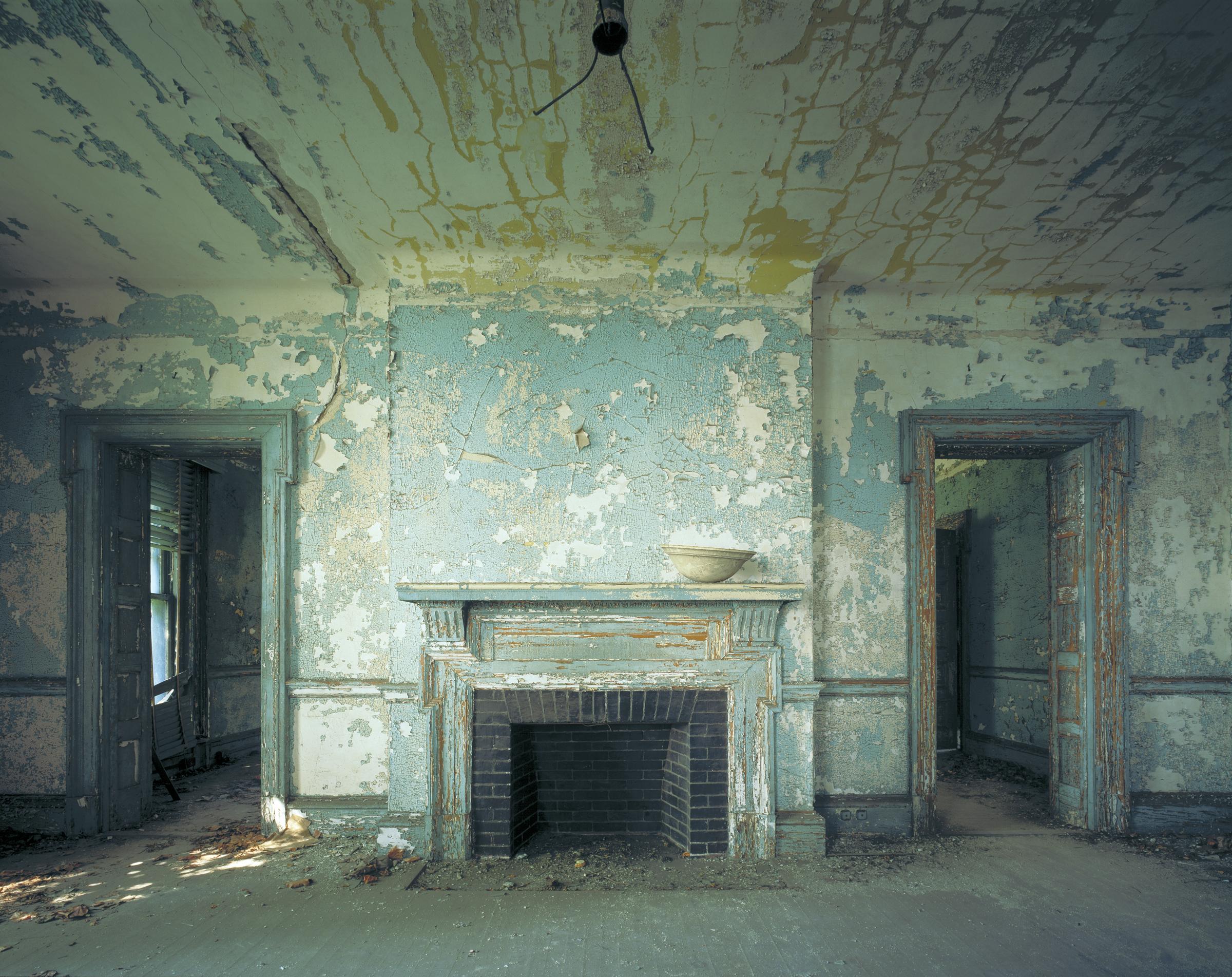 Ellis Island: Administrative quarters, staff house, Island 3  © Stephen Wilkes