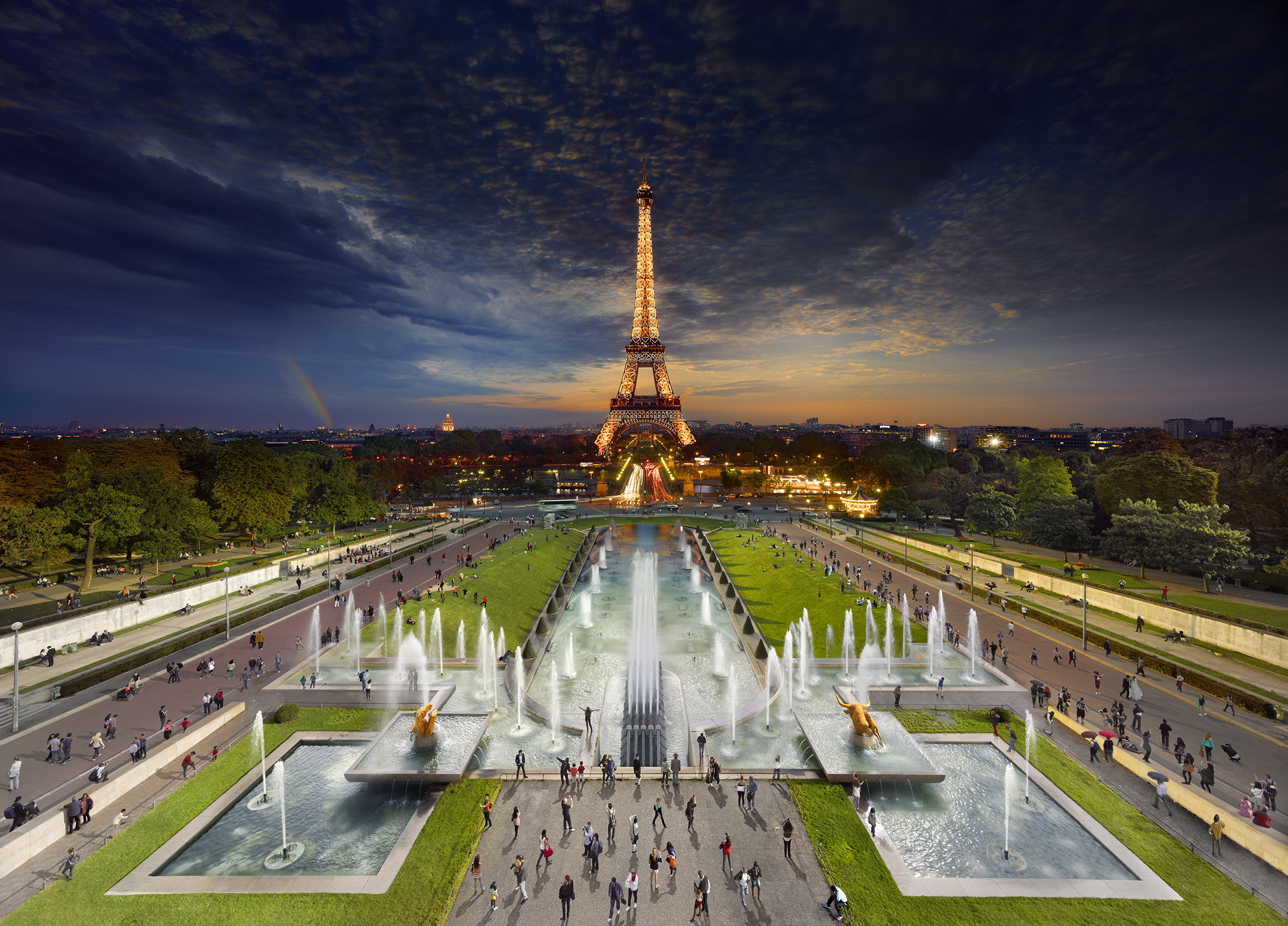 Day to Night: Paris, France © Stephen Wilkes