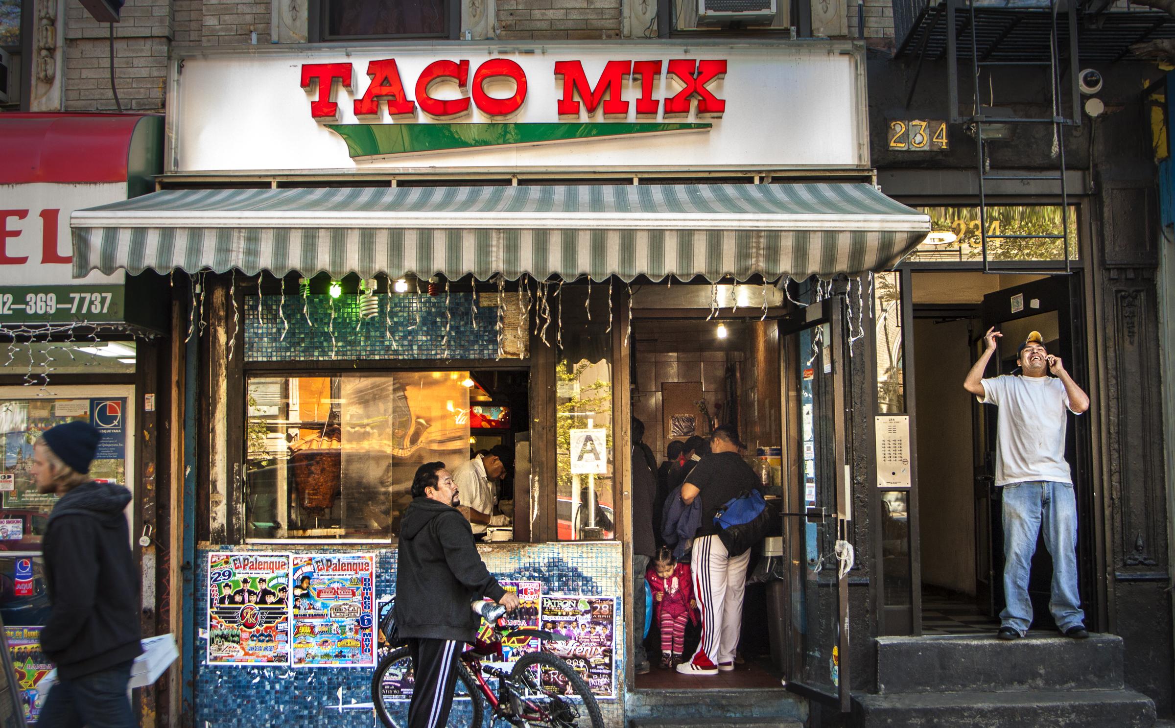 Taco Time. New York, NY 2013 ©  Aldo Sorcia NYC SALT