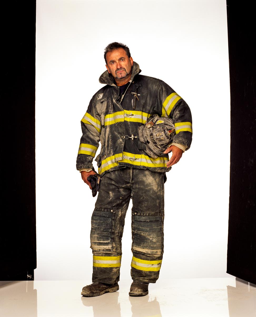 Faces of Ground Zero; Fireman Louie Cacchioli, 2001 © Joe McNally