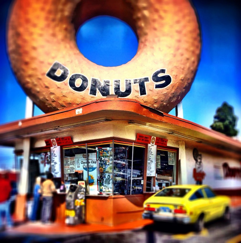 iPhone Work:      Donut shop in California. © Mark Peterson/   ReduxPictures