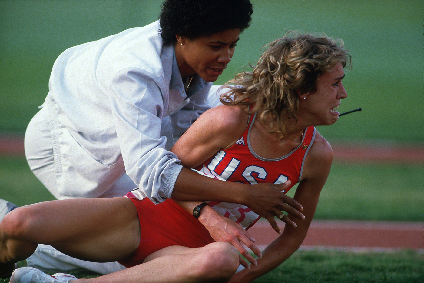 THE picture of the 1984 Olympics in Los Angeles: Mary Decker falls during the finals of the 3,000 meters.© 2015 David Burnett/Contact Press Images