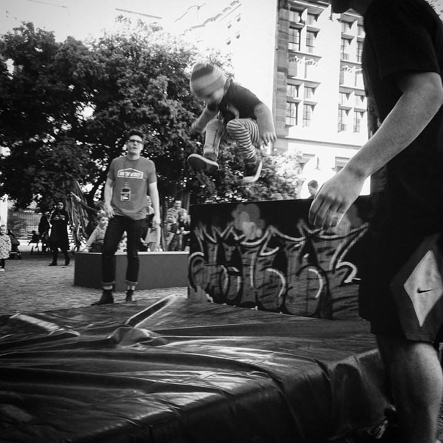Archikidz_PLAY[ground]_INST_Jump Squad 3.jpg