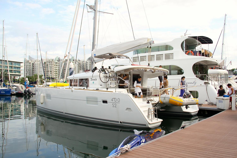 XIMULA arriving at ONE 15 Marina Club. Sep 6, 2013.