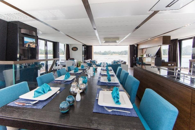 Copy of yacht-charter-ximula-sail-eaglewings-3