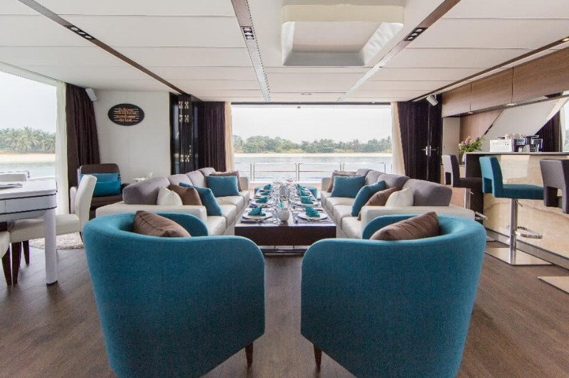 Copy of yacht-charter-ximula-sail-eaglewings-4