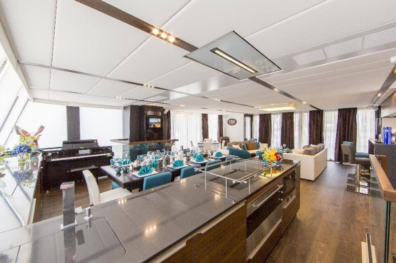 Copy of yacht-charter-ximula-sail-eaglewings-5