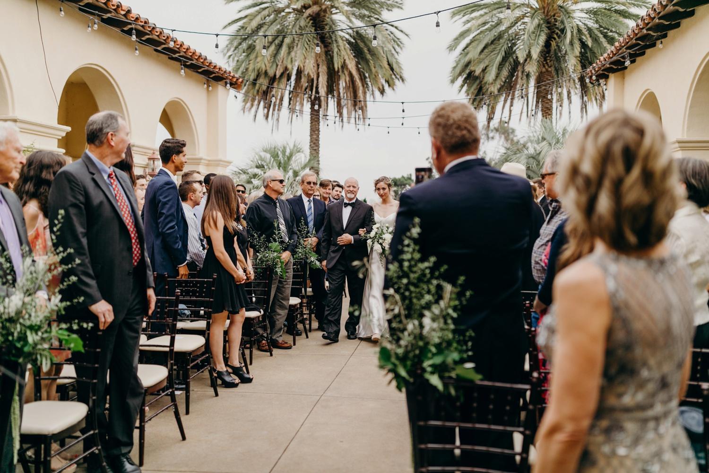 5F7A4008_Gorgeous and Modern Orange County Wedding.jpg