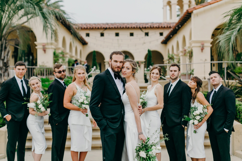 335A3938_Gorgeous and Modern Orange County Wedding.jpg