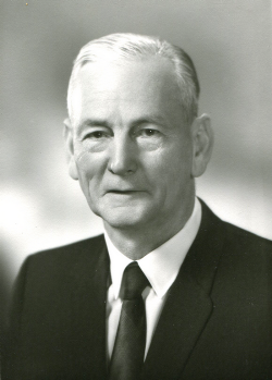 1971 - archie Kelly strong
