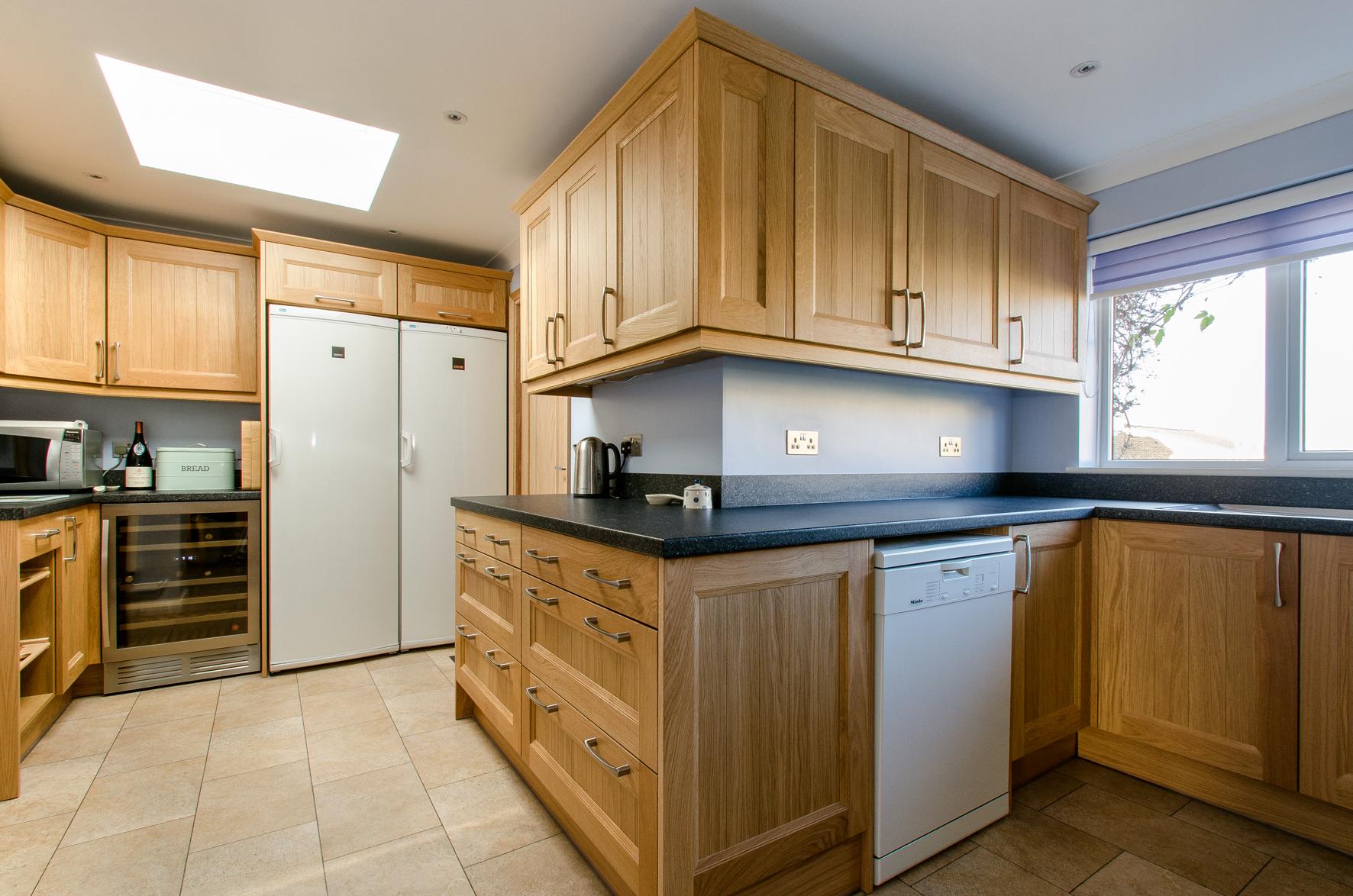36 Cranleigh kitchen 4.jpg