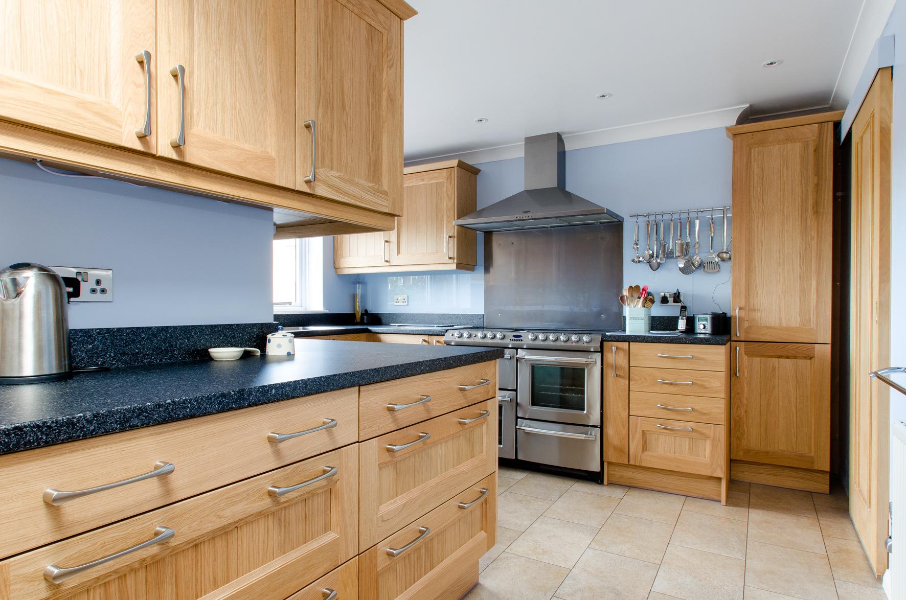 36 Cranleigh kitchen 5.jpg