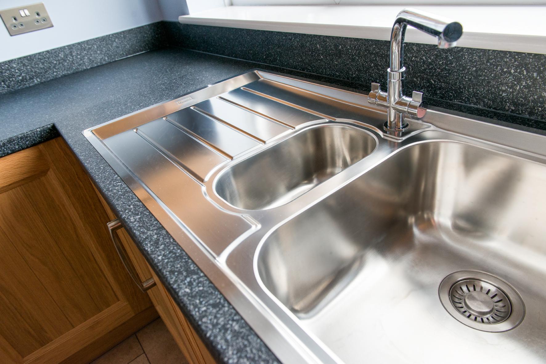 36 Cranleigh kitchen sink 2.jpg