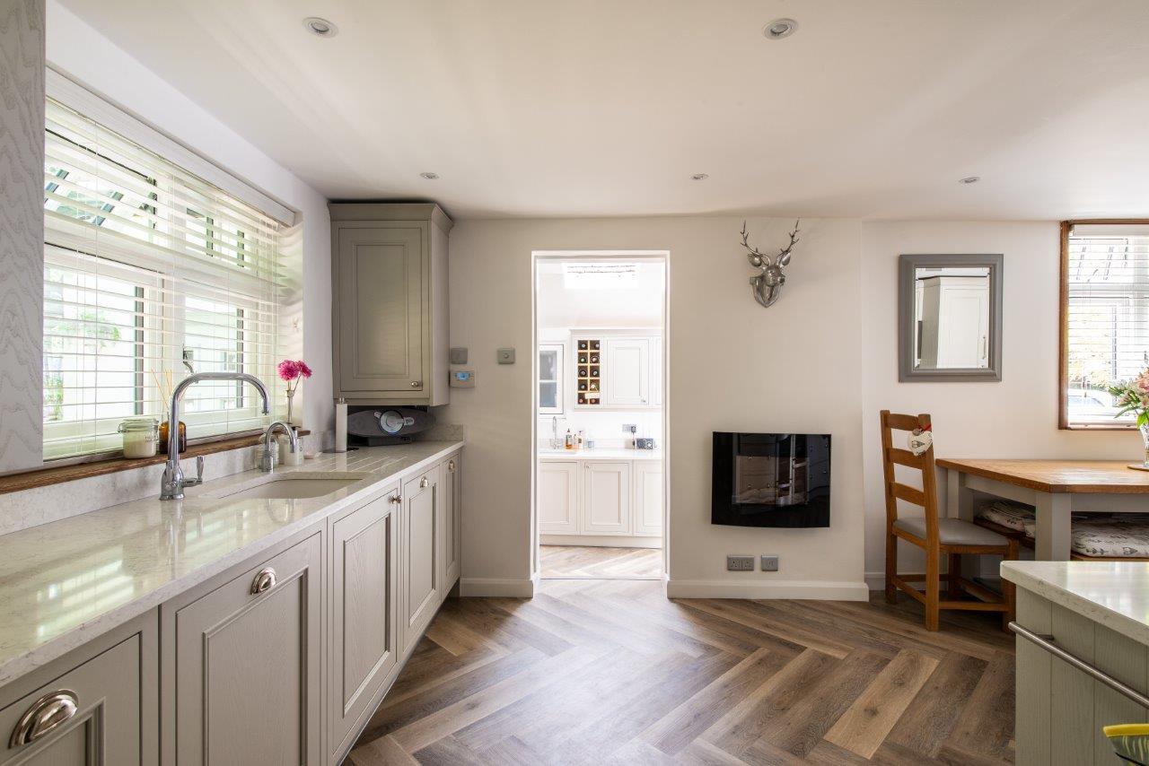 Sevenoaks Family Kitchen 11.jpg