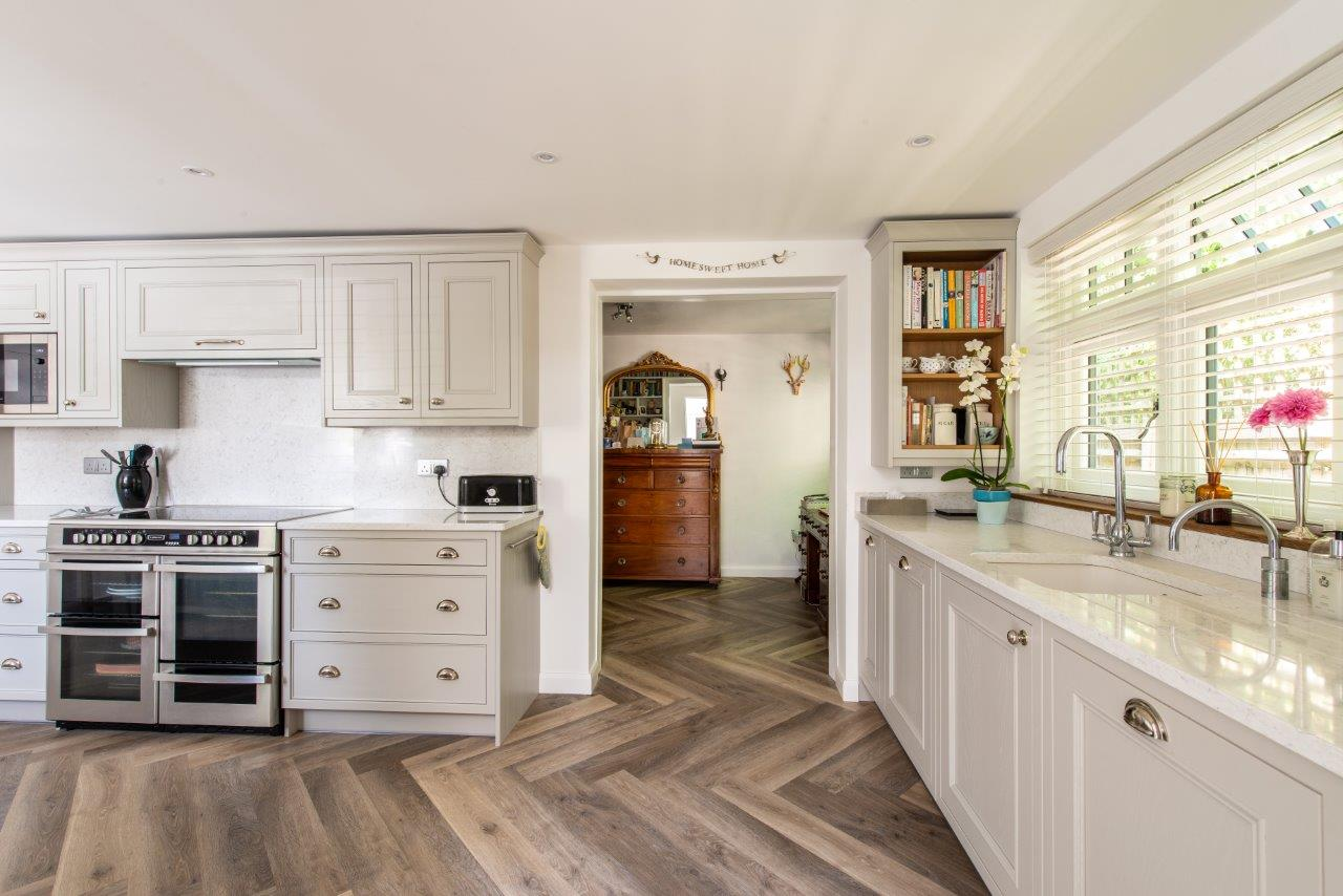 Sevenoaks Family Kitchen 12.jpg