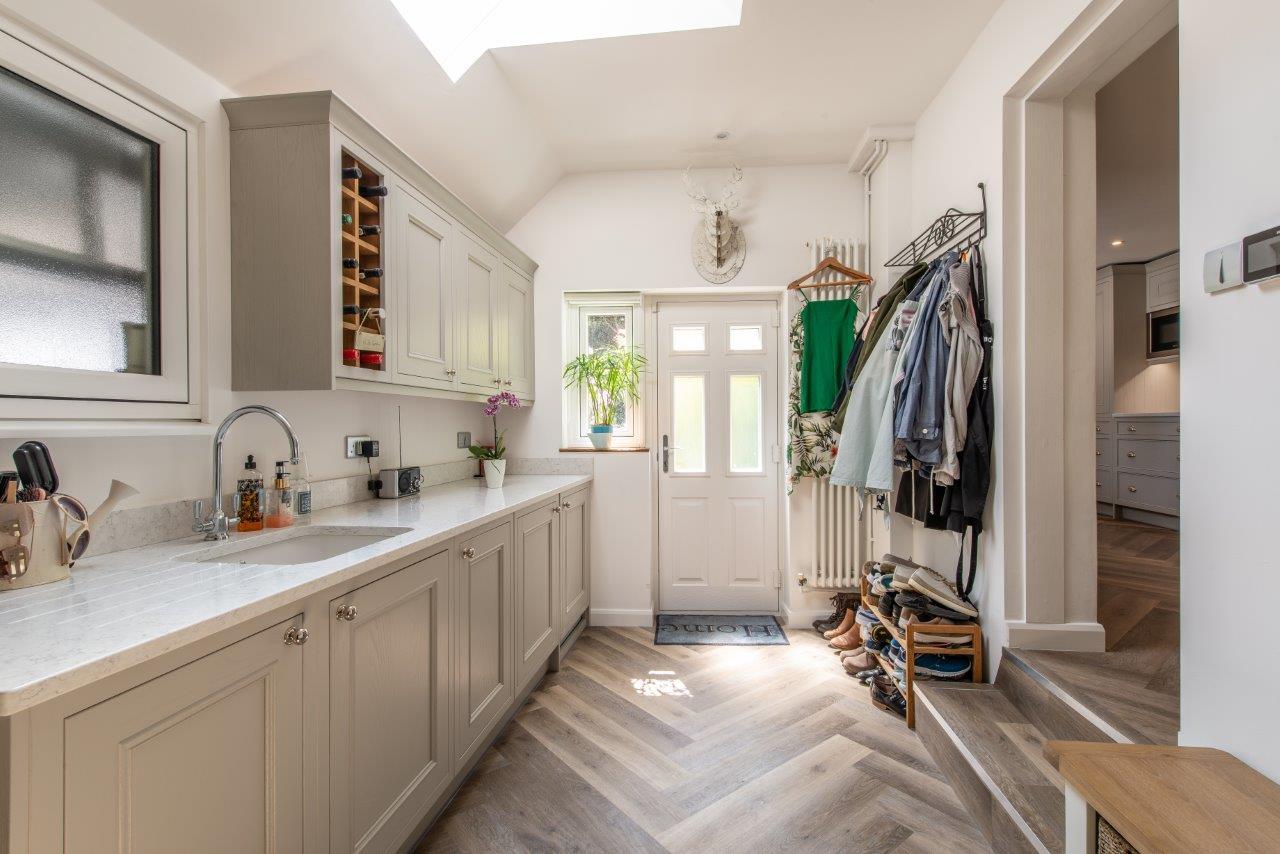 Sevenoaks Family Kitchen 24.jpg