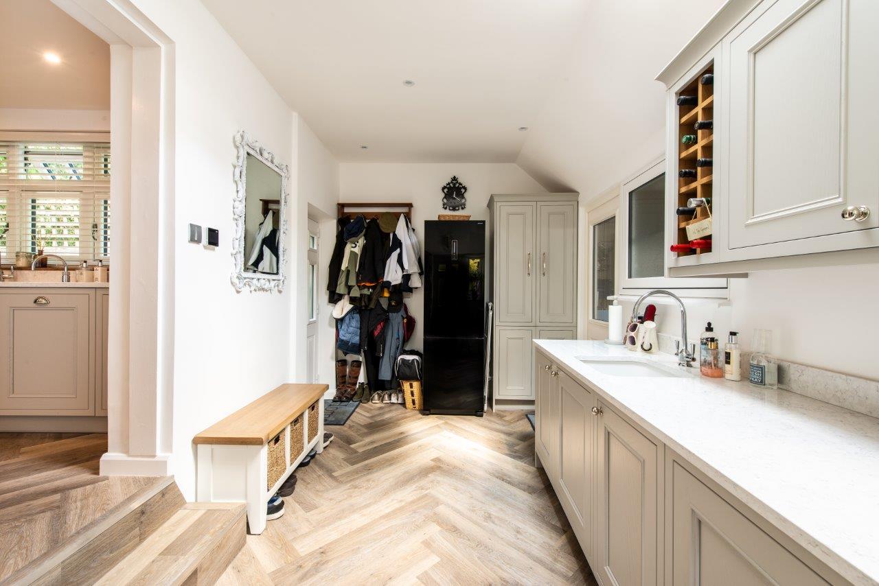 Sevenoaks Family Kitchen 25.jpg