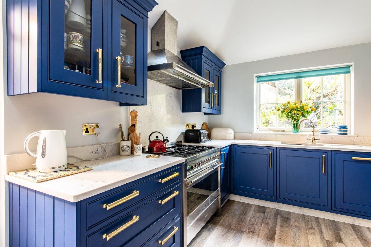 Blue Kitchen 19.jpg