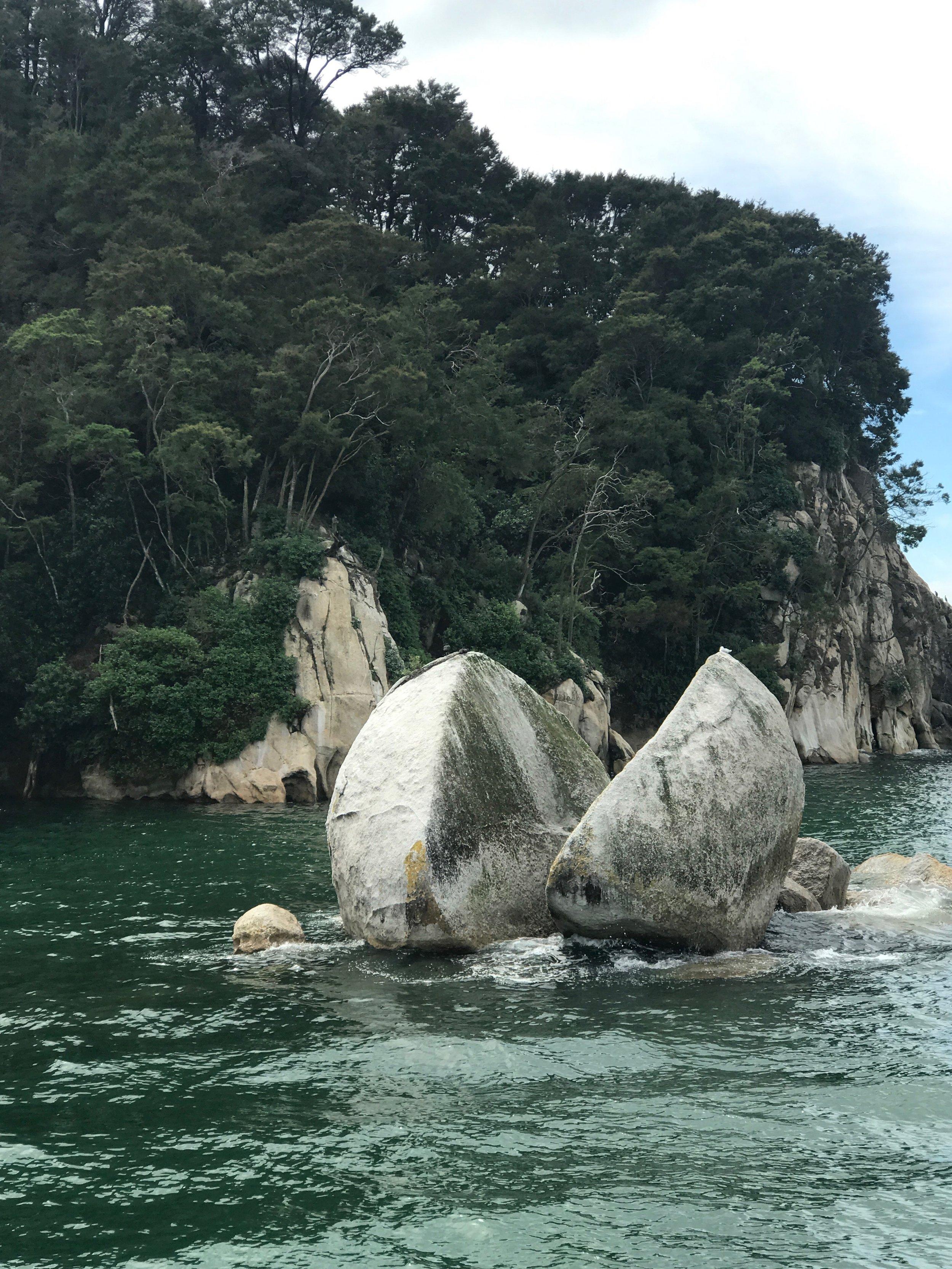 Split Apple Rock - Tasman Bay