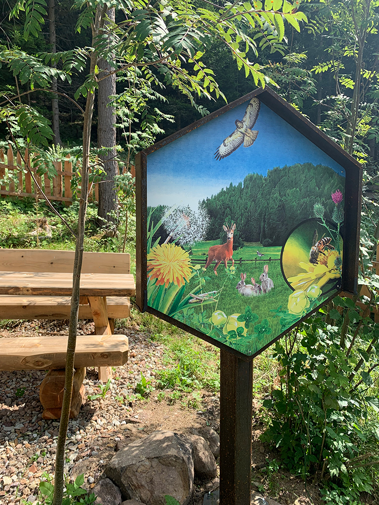 Bienenwald Gummer Schild Nr. 4