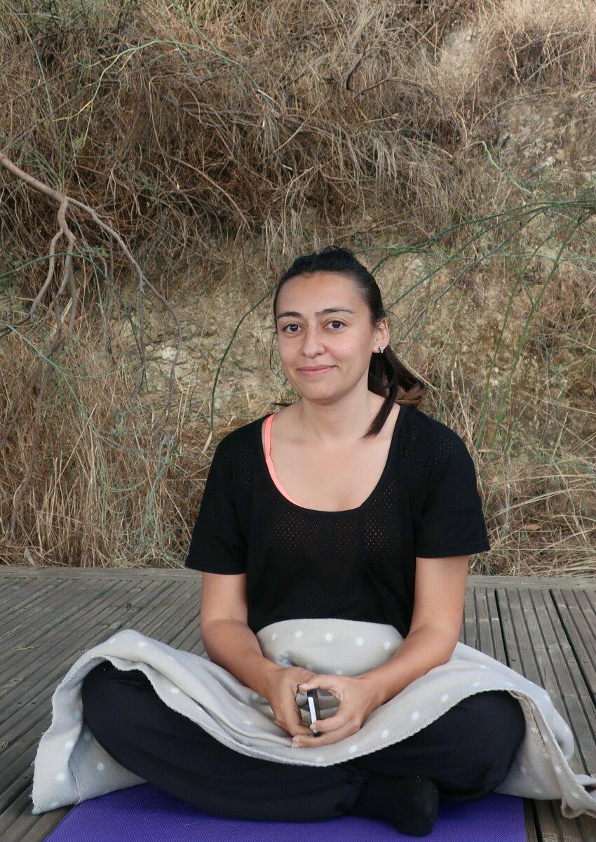 Dina on retreat1.jpg