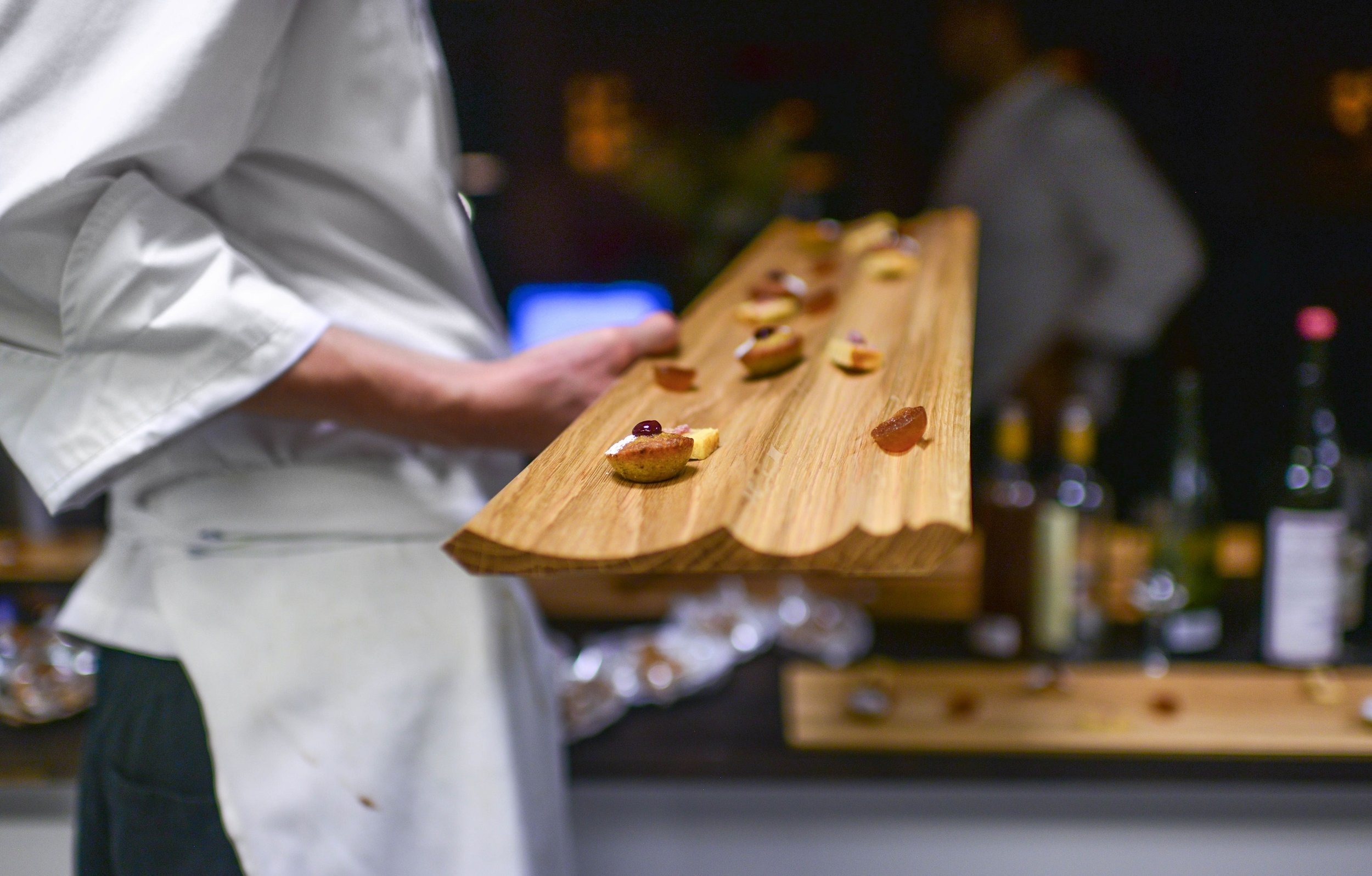"The serving boards were a meter long, for four to six guests to share between them. When asked during the dinner, they said that ""it was ok to eat from the same board, since they had been introduced to each other"" beforehand"". Photo Bonjwing Lee."