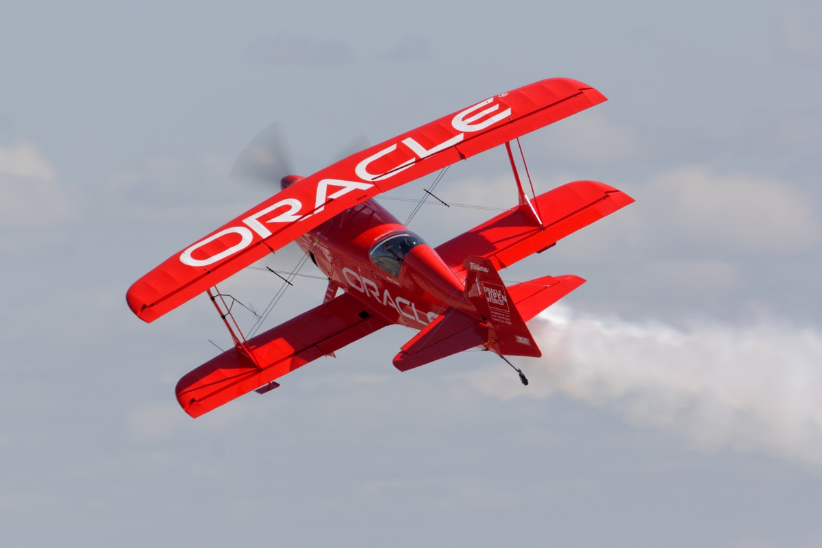 Sean D. Tucker - Oracle Challenger III