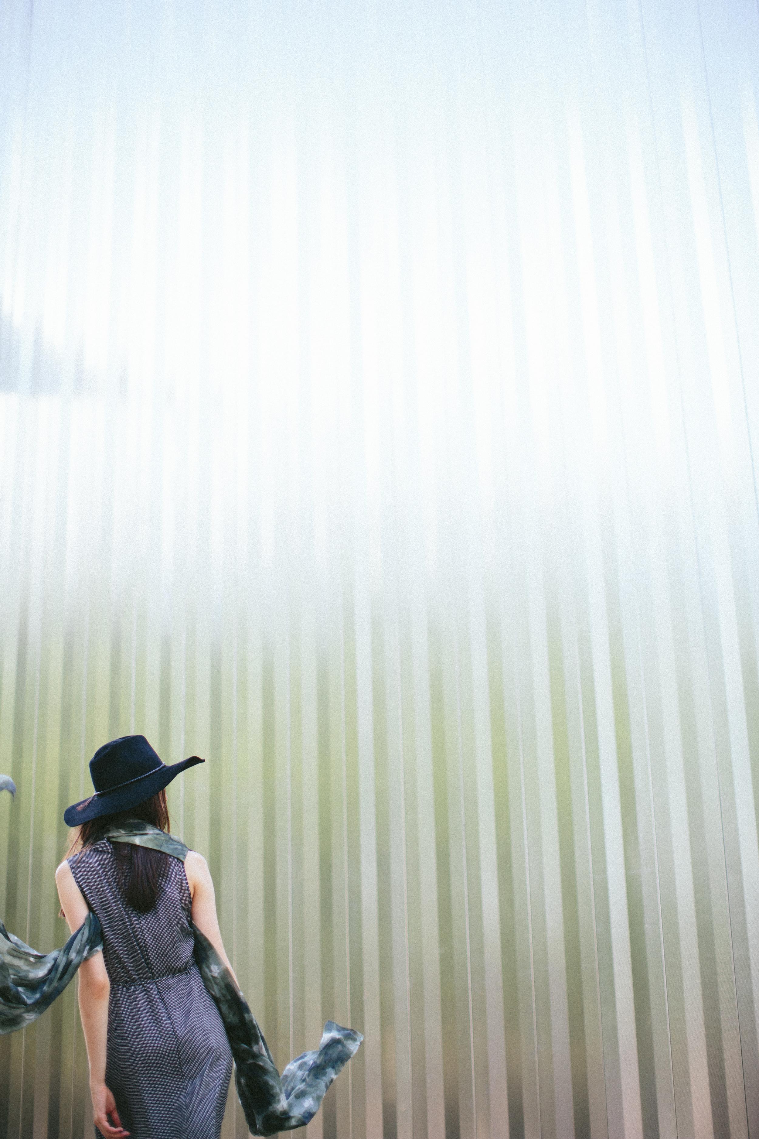 Velvet_Dust_Blur_Editorial_004.jpg