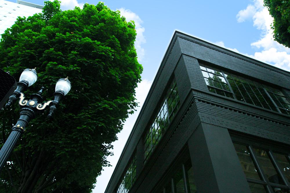 BlackBox-Exterior-03.jpg