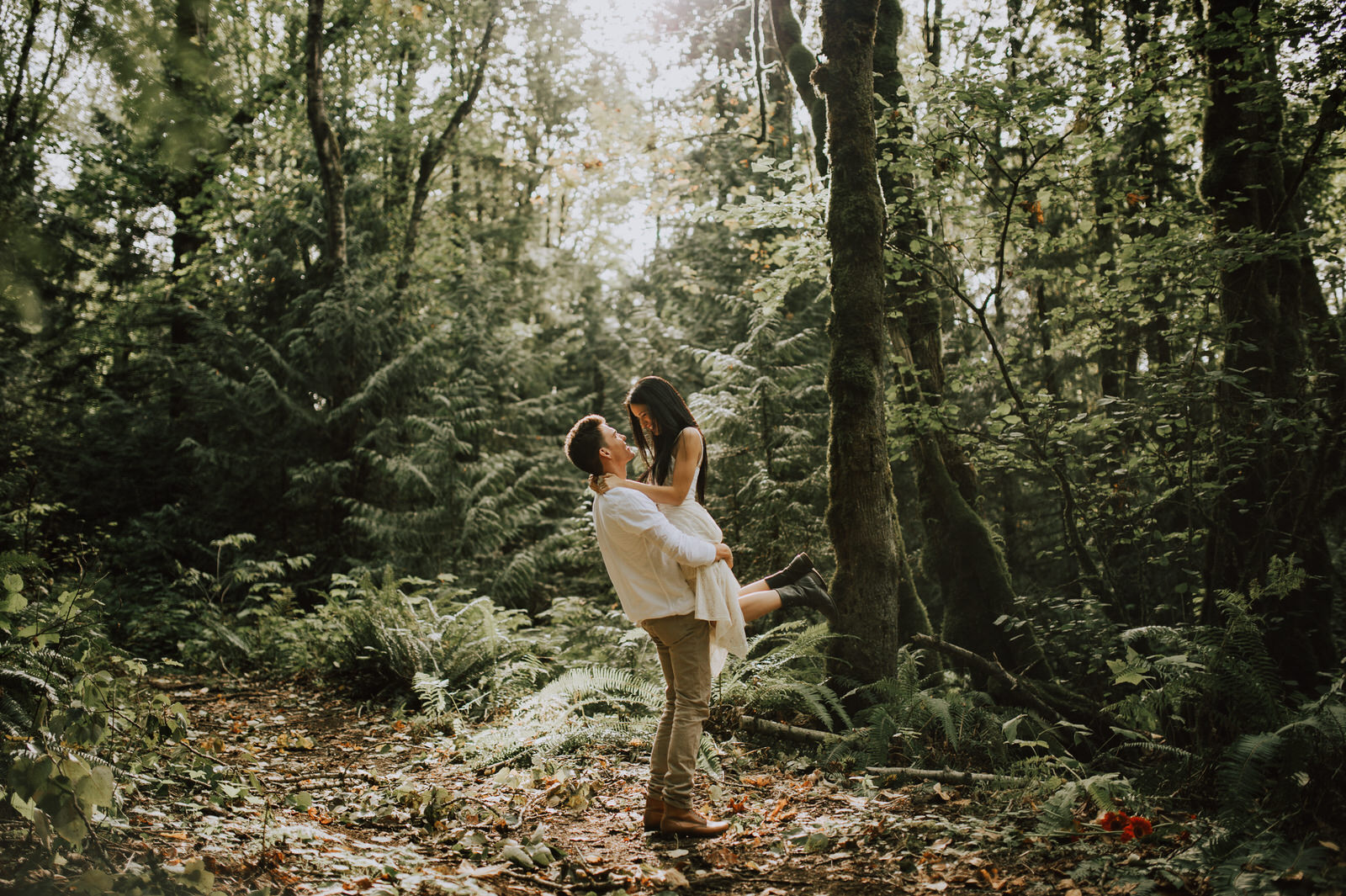 engagement-couple-dani+sheldon-yarrow-bc-iamjohnyoo_01.jpg