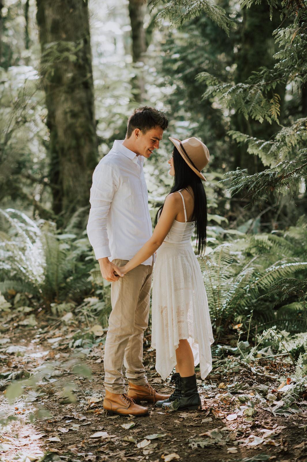 engagement-couple-dani+sheldon-yarrow-bc-iamjohnyoo_04.jpg